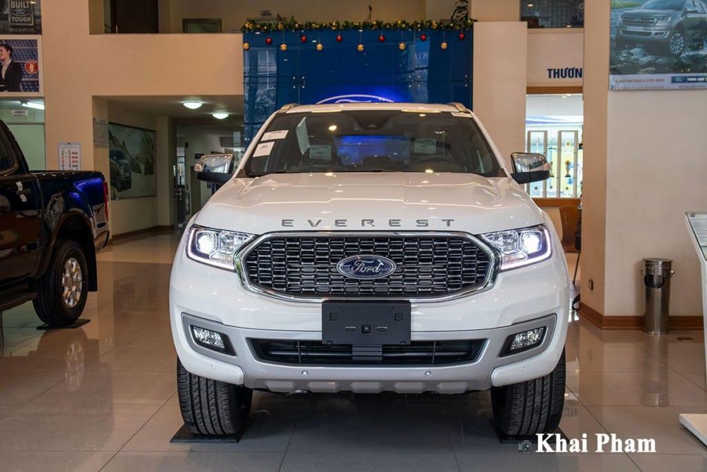 danh-gia-xe-ford-everest-2021-oto-com-vn-1-46d8.jpg